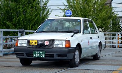 タクシー(白)